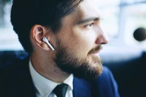 Hearables Market - AMR