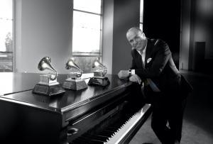 Latin jazz composer Oscar Hernandez