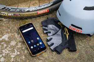 Aspera Mobile R9 ultra-rugged 4G smartphone
