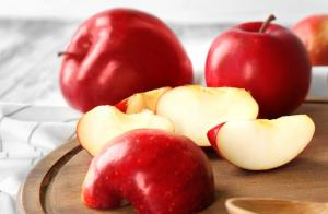 Apples to obtain the apple cider vinegar.