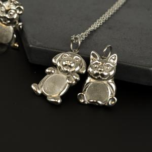 Adorable dog and cat Thumbuddies keepsake fingerprint jewelry from Thumbies