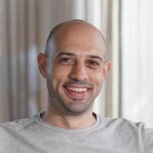 Elad Levy, headshot of CEO and founder of Dive