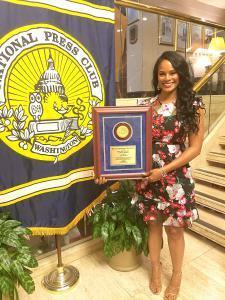 Germany Kent Receives Sigma Delta Chi Award