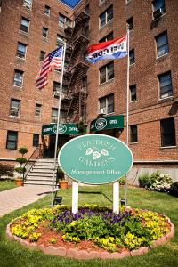 Amazing U201cFlatbush Gardens Is Home To An Eclectic, Friendly Community Of Families,  Young Professionals, And Seniors Alike,u201d Explains Bentivegna.